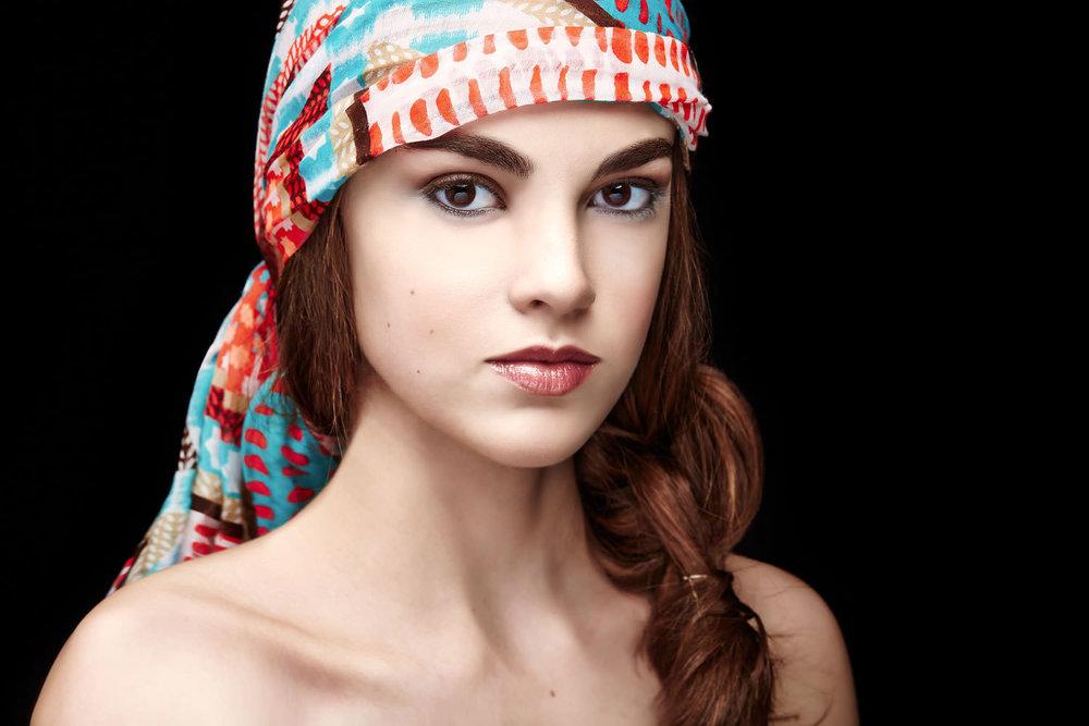 Casey-Kinney-Fashion-Beauty-Test-06.jpg