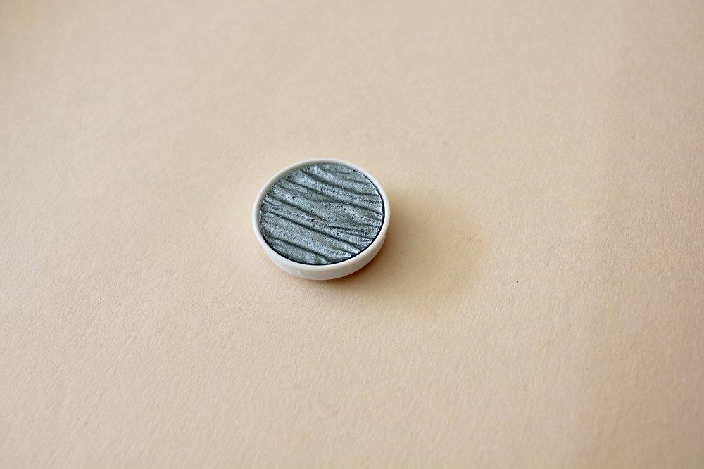 LR00095 Coliro Blue Silver  30mm ($8)