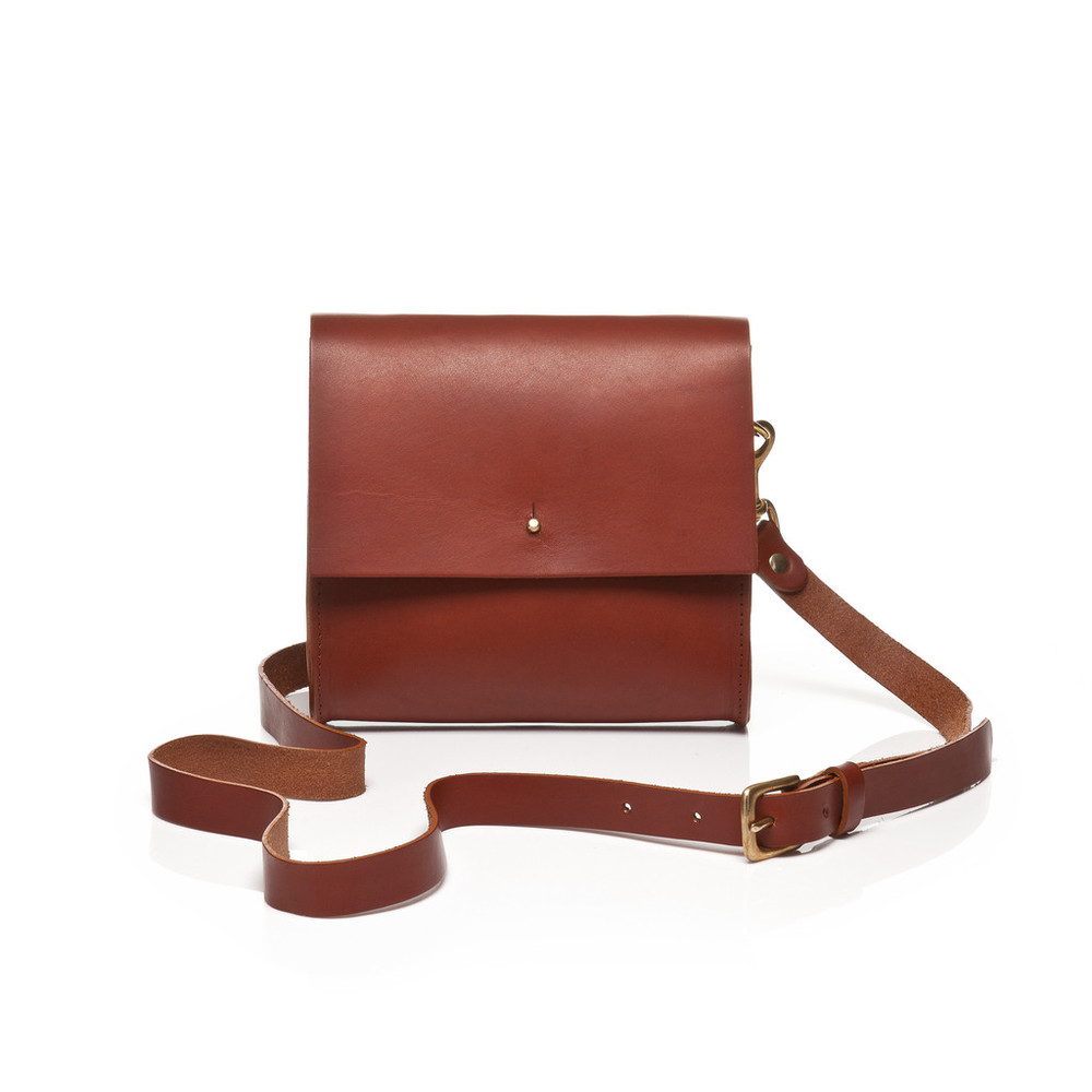 gracegordon_small_crossbody_tan_front_hires_002_1024x1024.jpg