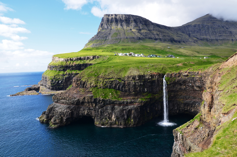 B Dahren Faroe islands.jpg