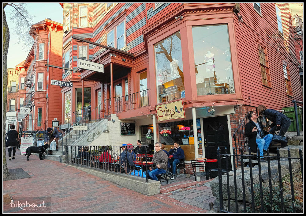 Shay's Pub & Wine Bar