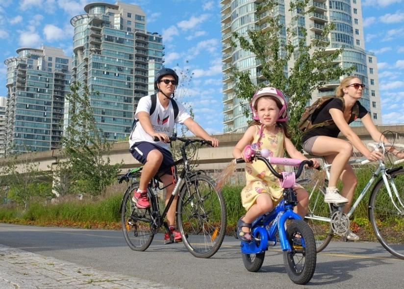Bikabout-Vancouver-little-girl-biking.jpg