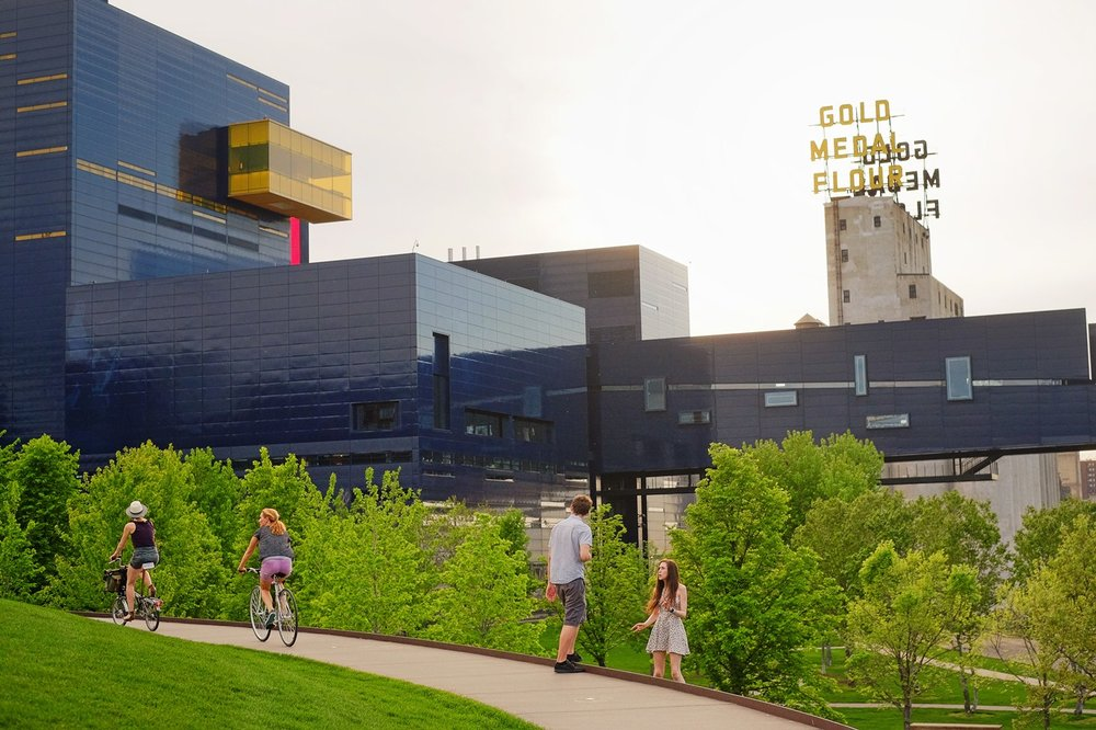 Green spaces and interesting architecture galore as biking eye candy in Minneapolis.