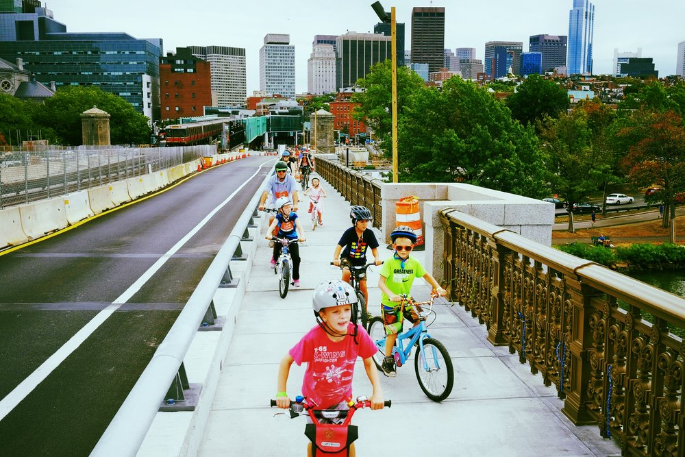 Longfellow Bridge. Photo by Kyle Ramey of Bikabout.com