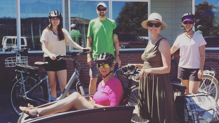 7 month pregnant and riding a 70 year old woman so she can enjoy a bike tour with her family #ebikesarecheating