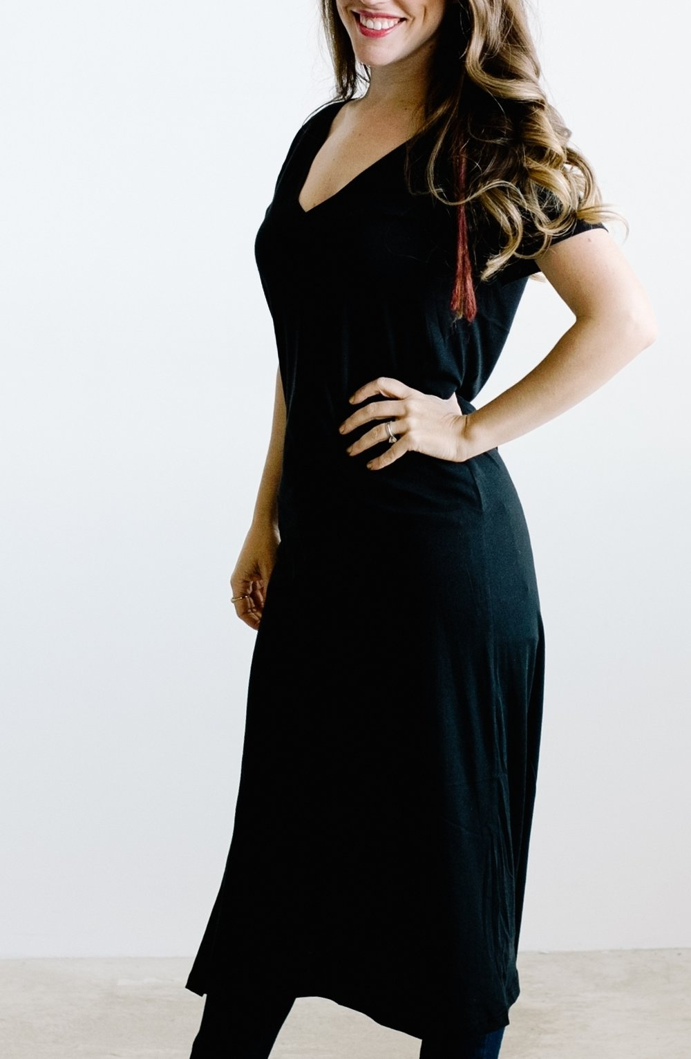 Black short sleeve jersey maxi dress