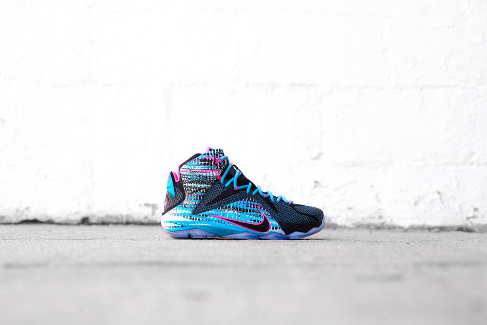 """Nike LeBron 12 """"23 Chromosomes"""" New Images"""