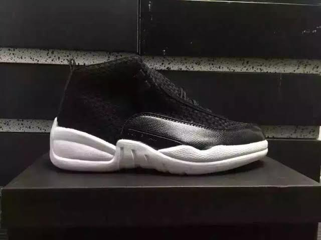 Air Jordan 15LAB12 Black 2.jpg