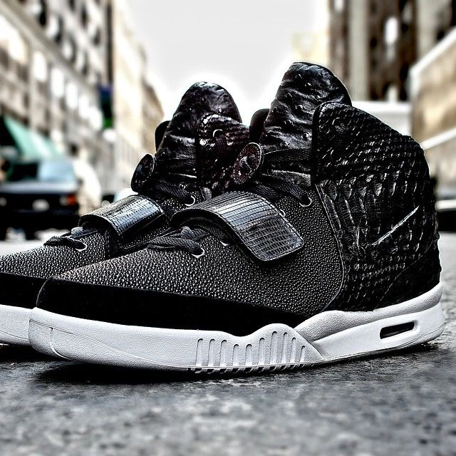a369f307ee87 Did Diddy Just Receive The Best Nike Air Yeezy 2 Custom Of All-Time  — Sneaker  Shouts