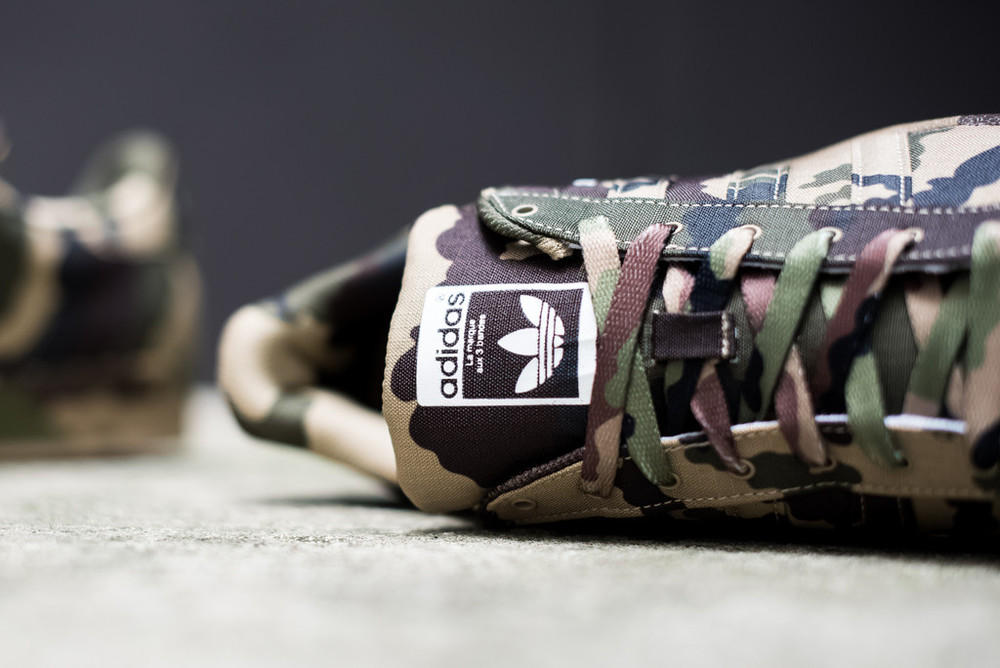 Camo-superstars-4.jpg