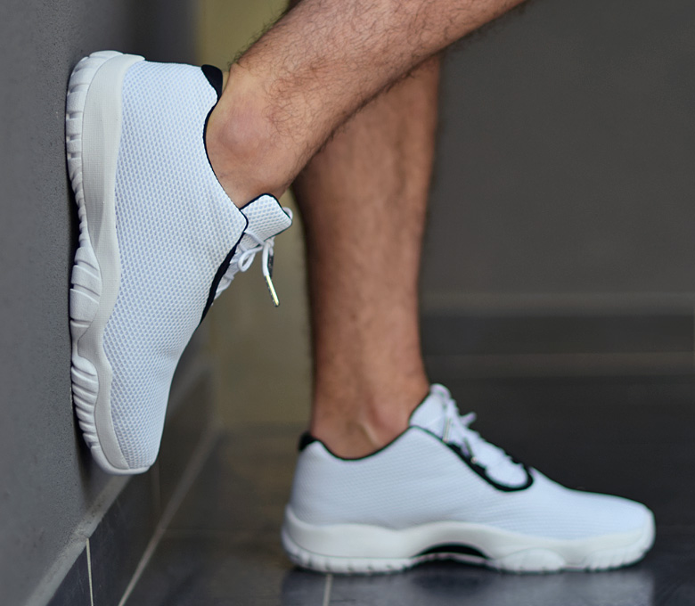jordan-future-low-white2.jpg