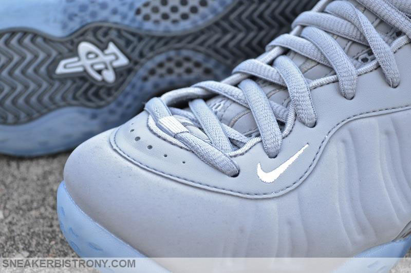 Foamposite-one-grey-suede-3.jpg