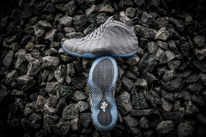 grey-foamposite-grey-suede-wolf-1.jpg