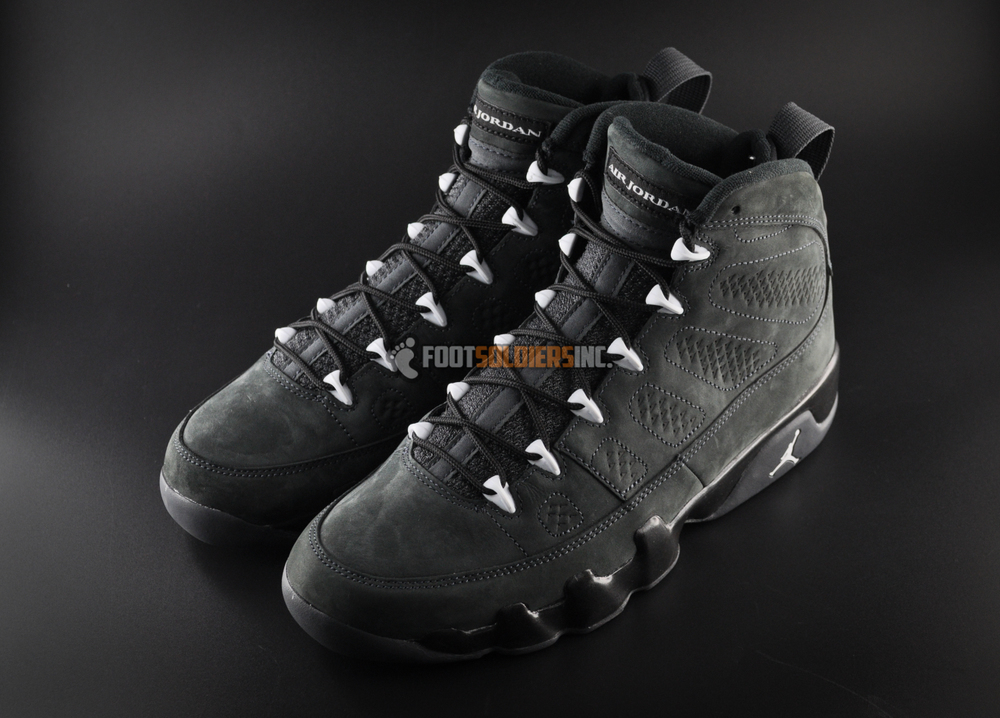 air-jordan-9-anthracite-4.jpg