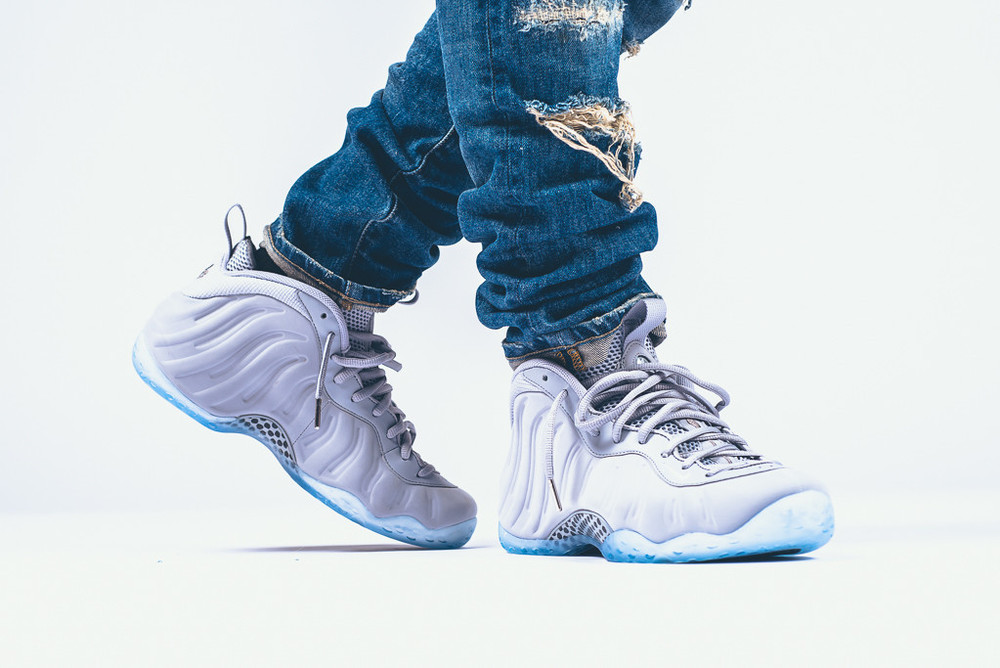 Nike-Air-Foamposite-1-Wolf-Grey-suede-1.jpg