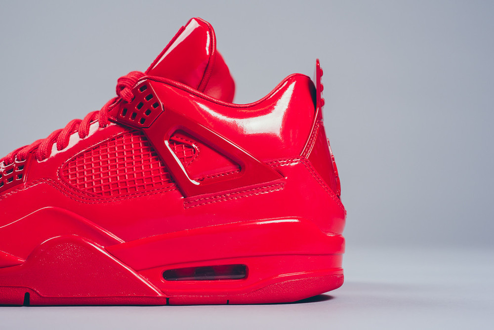 Air_Jordan_11Lab4_Red_University_03.jpg