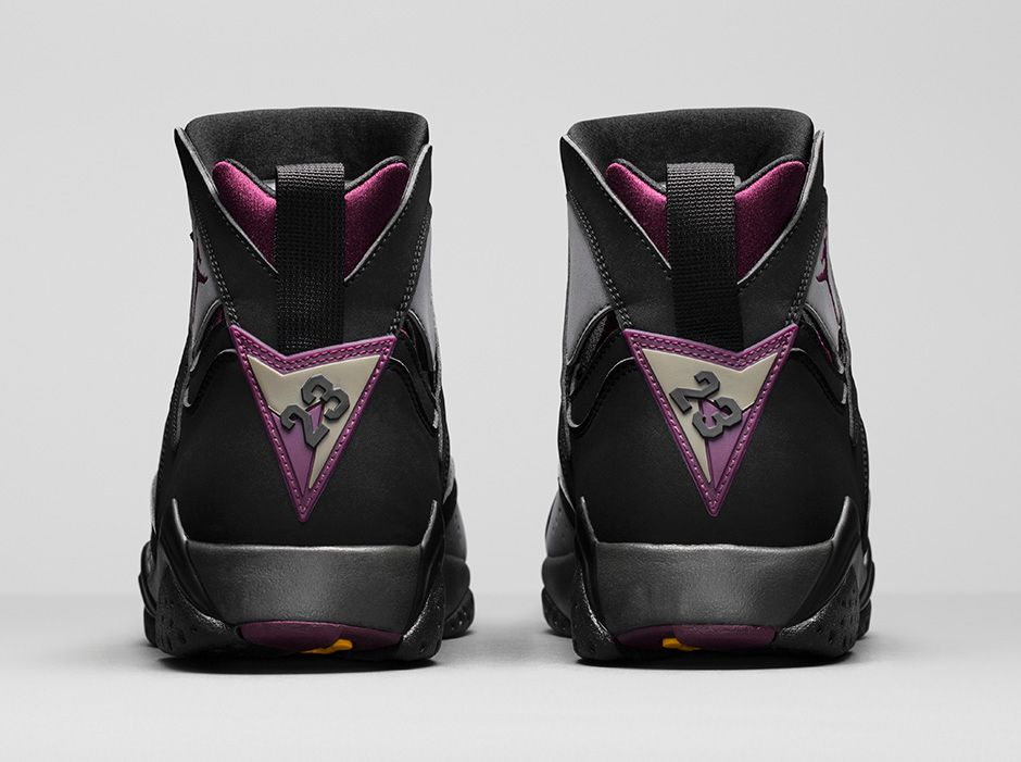 air-jordan-7--bordeaux-official-photos-5.jpg
