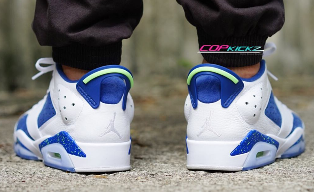 airjordan-6-low-ghost-green-on-feet-4.png