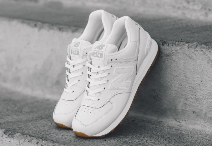 new balance 574 white gum sole