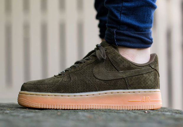 purchase cheap 671cc 5552c nike air force one low suede,Nike Air Force 1 Low Suede Dark Grey Gum