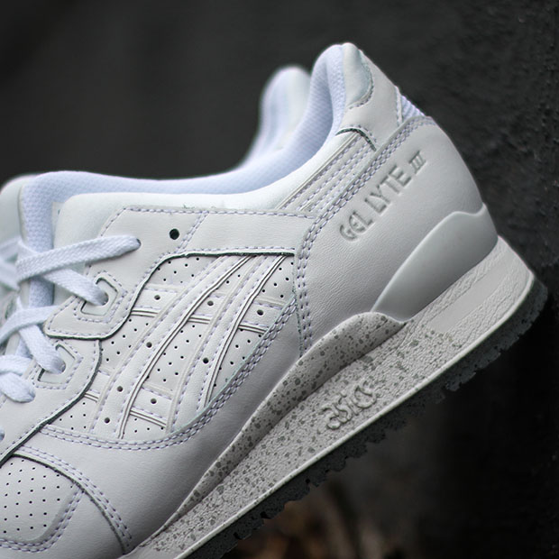 White-Cement-Asics-Gel-Lyte-3-2.jpg