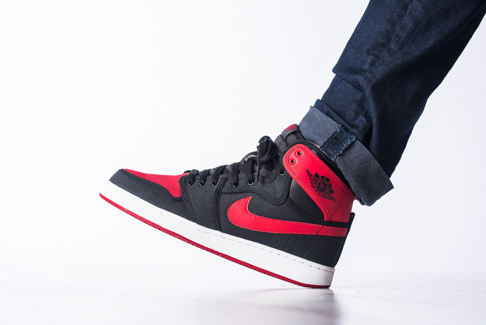 AJ1_KO_High_OG_Black_Red_04.jpg