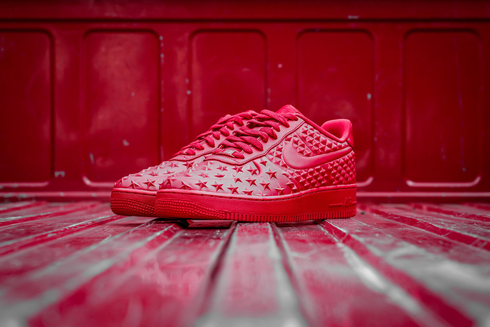 red-Nike Air Force 1 LV8 VT Stars-02.jpg