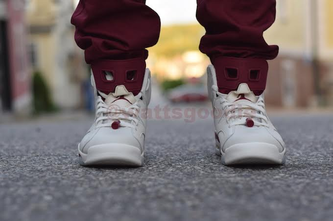 maroon-air-jordan-6-nike-air-on-feet-photos-08.jpg