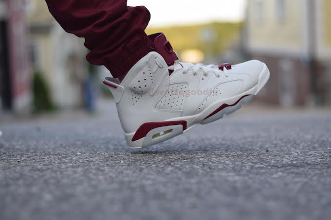 maroon-air-jordan-6-nike-air-on-feet-photos-03.jpg