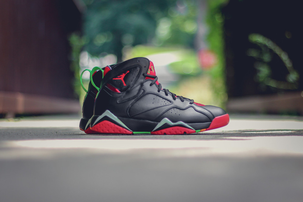 Marvin-the-martian-7-air-jordan-01.jpg