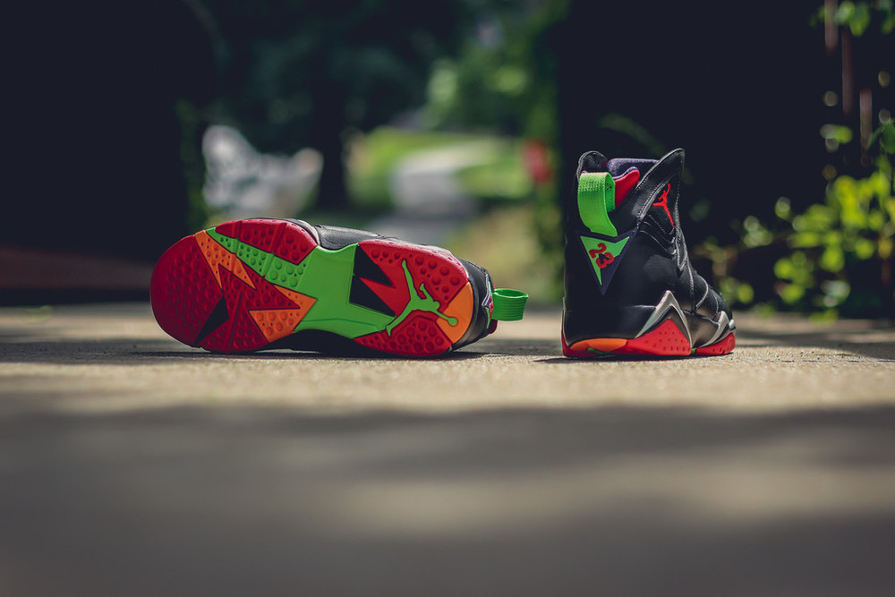 Marvin-the-martian-7-air-jordan-010.jpg
