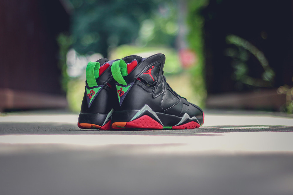 Marvin-the-martian-7-air-jordan-08.jpg