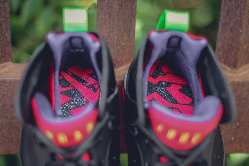 nike retro 7 marvin the martian quotes