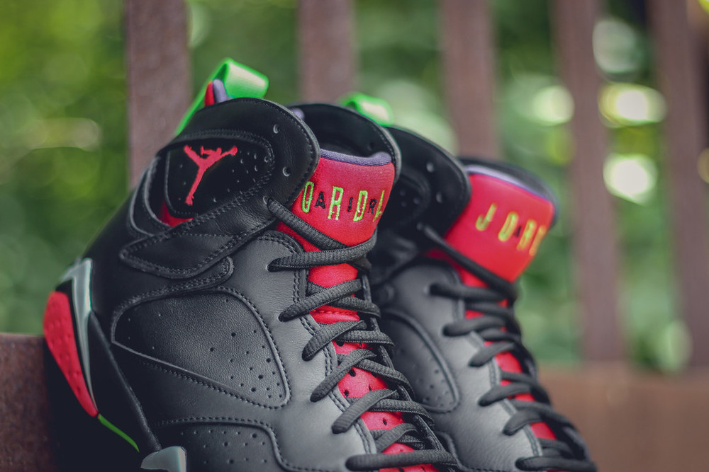 Marvin-the-martian-7-air-jordan-06.jpg