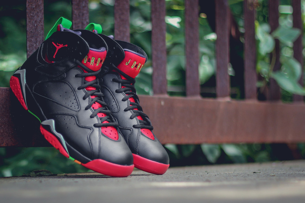 Marvin-the-martian-7-air-jordan-02.jpg