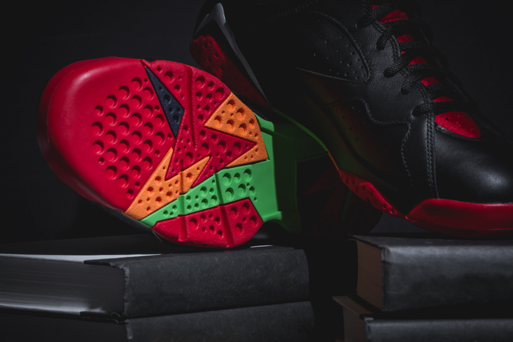 marvin-the-martian-air-jordan7-new-04.jpg