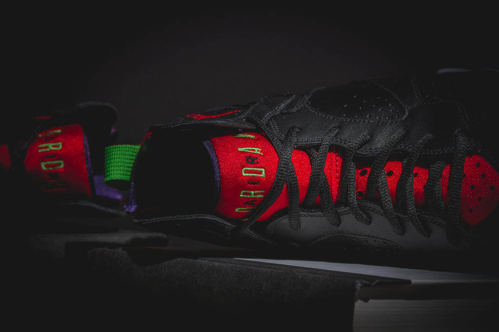 marvin-the-martian-air-jordan7-new-02.jpg