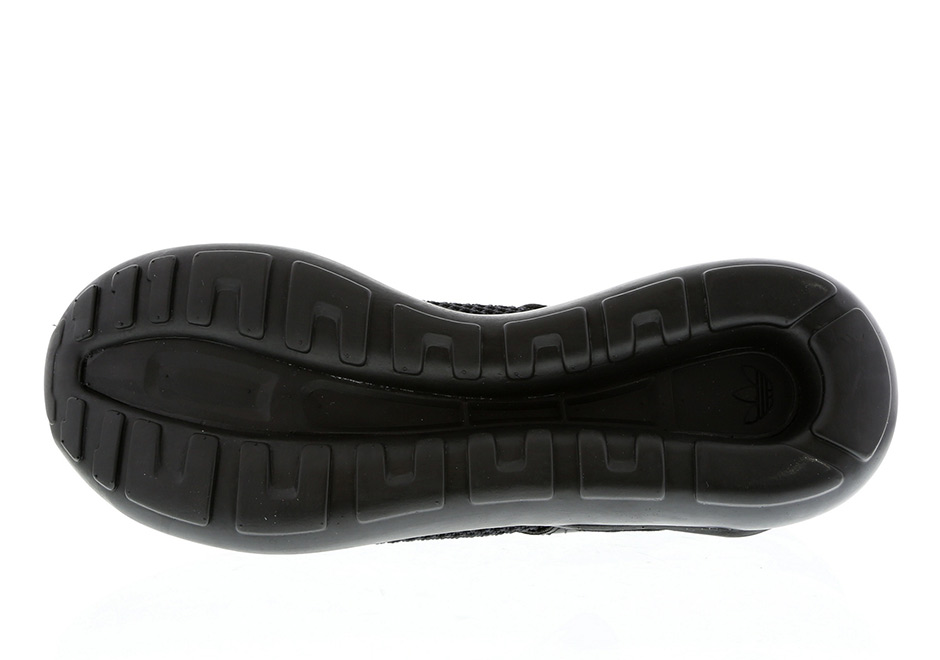 adidas-tubular-strap-red-black-release-09.jpg