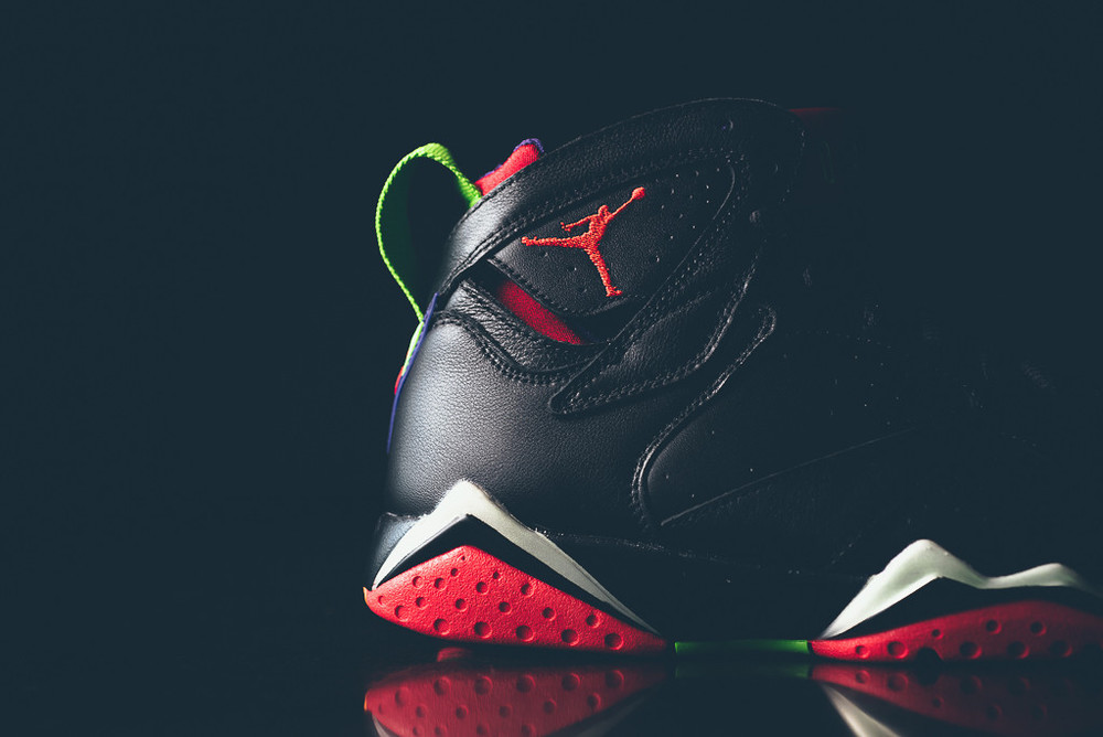 Air_Jordan_7_Retro_Marvin_the_MArtain_New_06.jpg