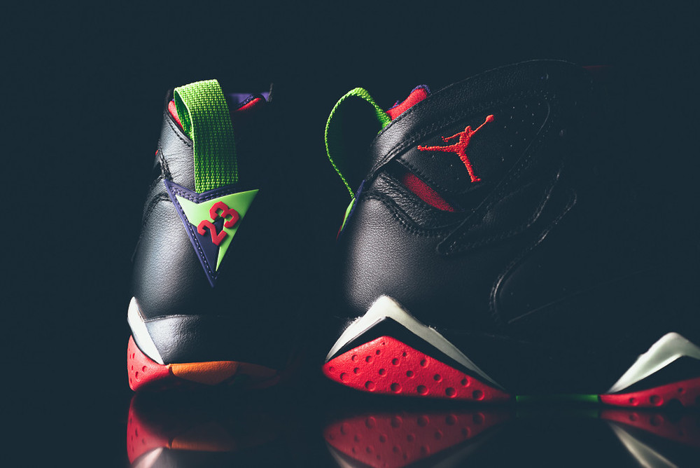 Air_Jordan_7_Retro_Marvin_the_MArtain_New_01.jpg