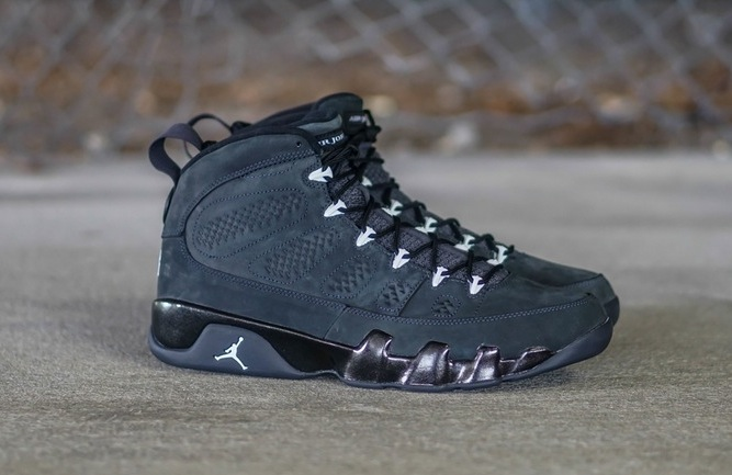air-jordan-9-retro-anthracite-New-Photos-01.jpg