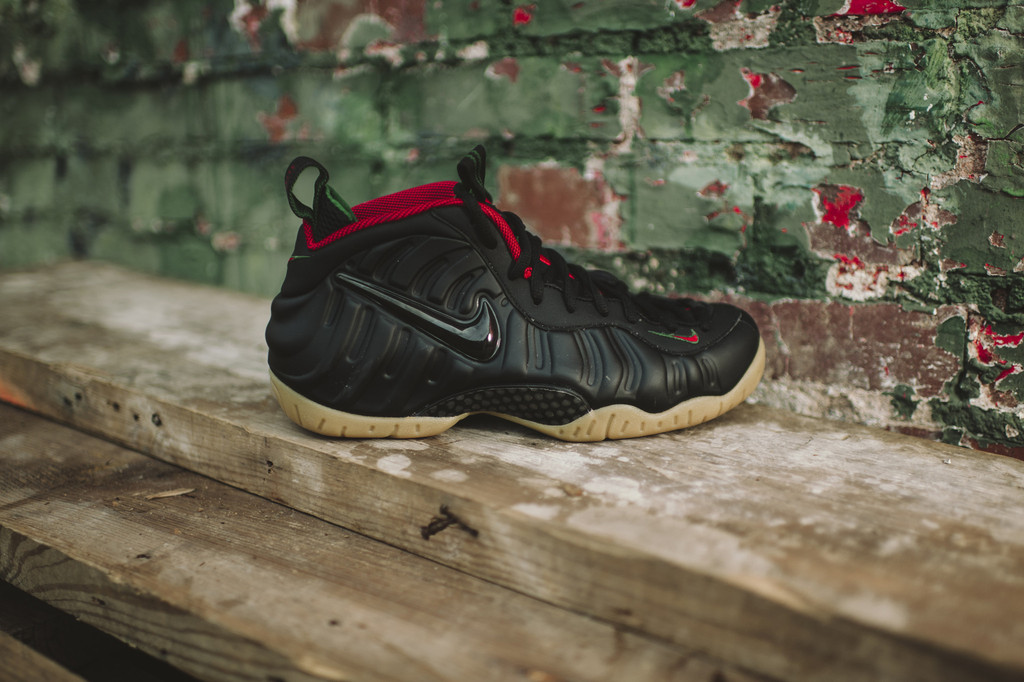 ea274218772ca6 New Photos Of The Nike Air Foamposite One