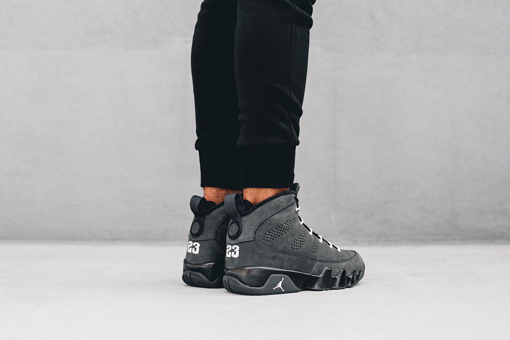 On-Feet-Look-At-The-Air-Jordan-9-Anthracite-photos-15.jpg