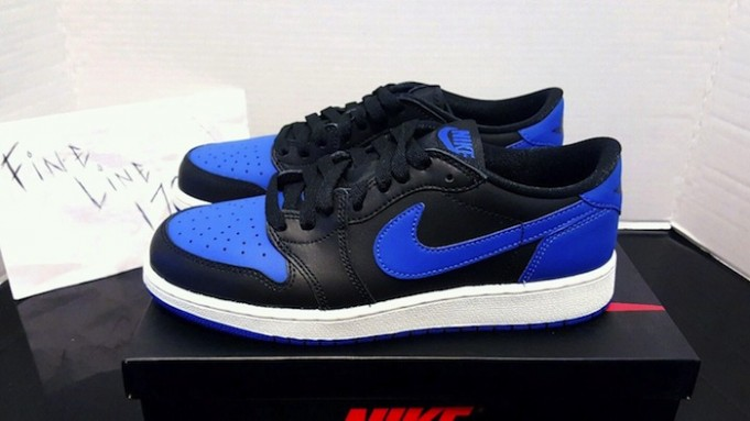 air-jordan-1-og-low-royal-5-681x383 (1).jpg
