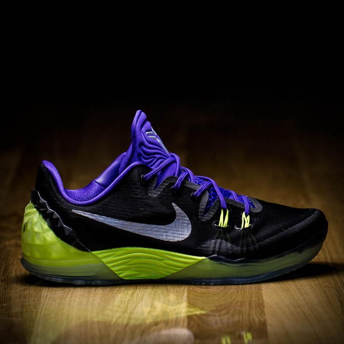 A-New-Nike-Joker-Themed-Kobe-Surfaces-1-681x681.jpg