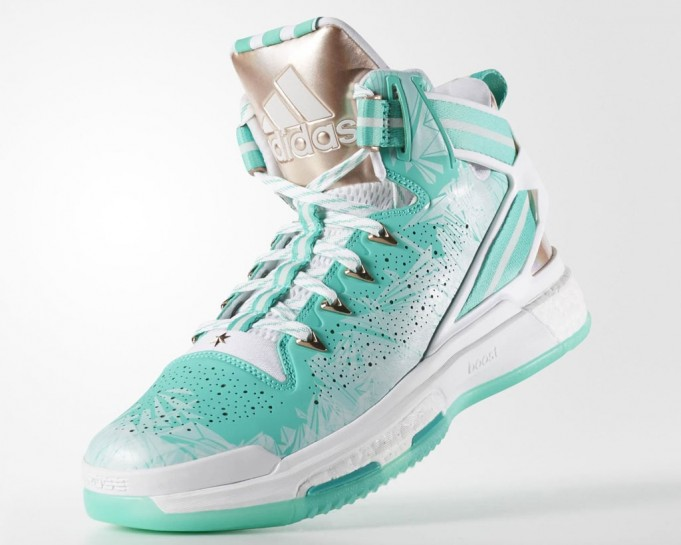 The-Christmas-adidas-D-Rose-6-Unwrapped-4-681x545.jpg