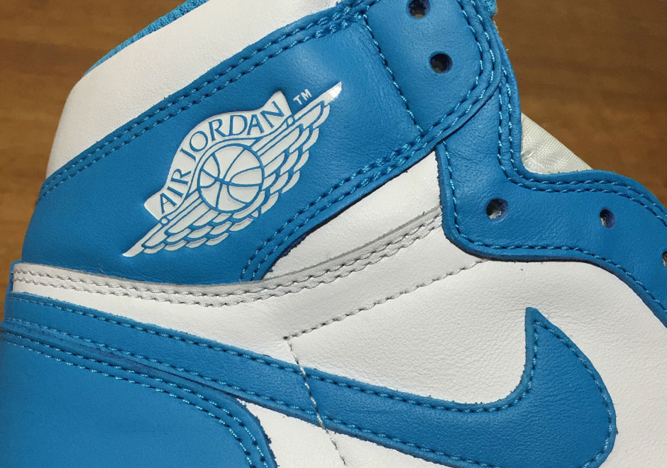air-jordan-1-og-carolina-team-early-cop-01.jpg