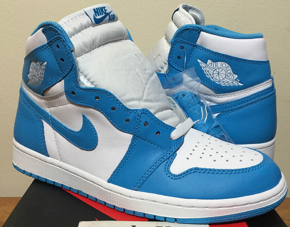 air-jordan-1-og-carolina-team-early-cop-02.jpg