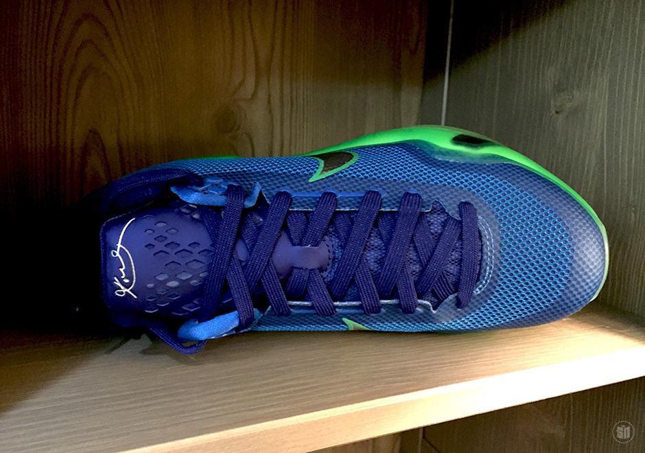 kobe-10-blue-green-2.jpg