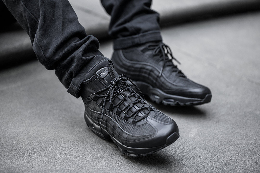 987be703eb5 Detailed Look at the Nike Air Max 95 Sneakerboot + Release Info — Sneaker  Shouts